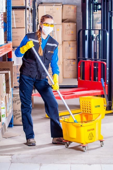 Keep your Home and Office Cleaning with Professional Cleaning Services